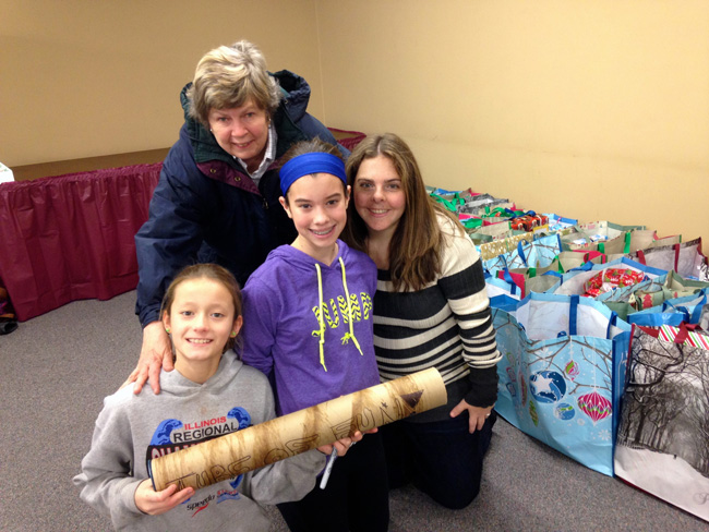 The Renaissance Foundation's Annual Wrapping Event 2014